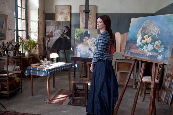 莫莉索身價超越雷諾瓦《馬內的繆思》20多幅畫作宛若動態畫展