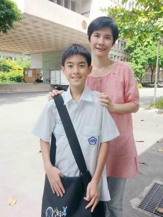 楊亮俞媽媽超級期待能趕快看到《暑假作業》