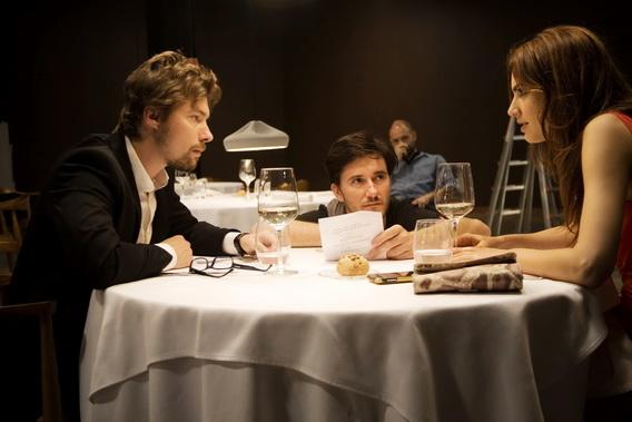 米其林名廚故事改編《歡迎光臨愛情餐廳》美味價更高製作費破億 男星揚科奈特(左)與女星克勞蒂亞芭索(右)