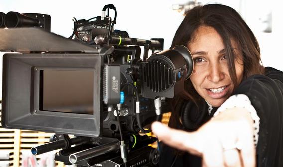沙烏地阿拉女導演海法阿爾曼蘇爾(Haifaa Al-Mansour)成功以《腳踏車大作戰》顛覆世人對該國女性的印象,並奪下威尼斯影展最佳新導演大獎