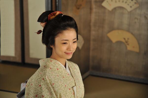 《武士的菜單》女主角-「料理女神」上戶彩