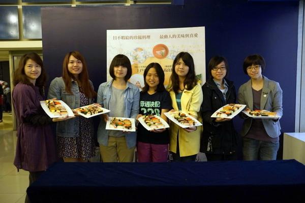 試片招待壽司盛筵《武士的菜單》觀眾飢腸轆轆搶食一空