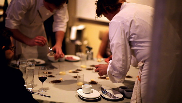ALinea- Dining table