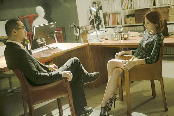 「全聯先生」邱彥翔在新片《相愛的七種設計》,飾演的老闆角色逼迫部屬許瑋甯去色誘小開客戶