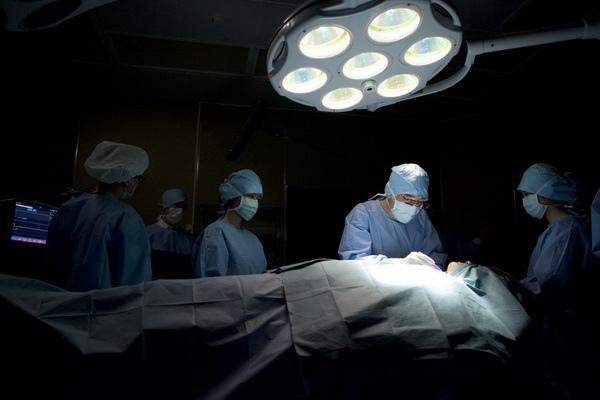 聲帶調音手術實況搬上大銀幕《上帝的男高音》觀眾「看」為觀止!