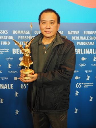 張作驥首拍同志片《醉‧生夢死》勇奪柏林影展「勝利柱獎」
