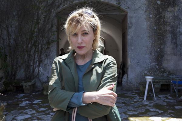 法國媽媽是小三《拉丁情人》凱薩獎影后泰德奇遭姊妹排擠
