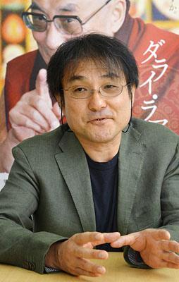 導演Fujiro Mitsuishi