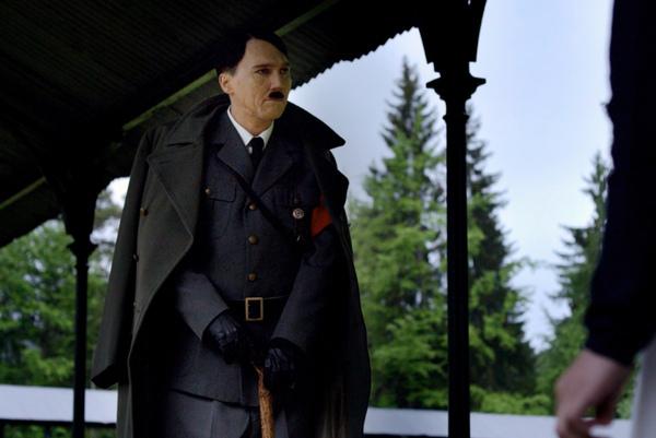 保羅迪諾《年輕氣盛》扮「希特勒」對抗《死侍》