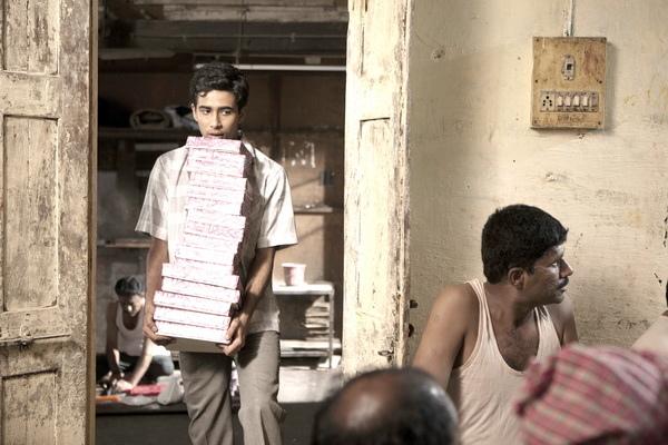 「少年Pi」蘇瑞吉沙瑪(Suraj Sharma)頂16盒甜點《歡迎來到美國》賺350萬赴美尋夢