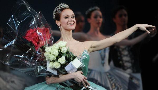 收錄10大舞劇《天鵝湖畔的芭蕾伶娜》洛帕特金娜洩露愛的傳說