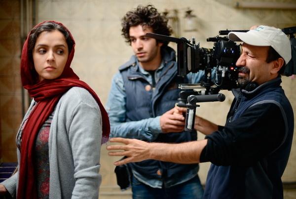 伊朗名導阿斯哈法哈蒂(Asghar Farhadi),今年新作《新居風暴》(The Salesman)入選美國華盛頓影評人協會最佳外語片