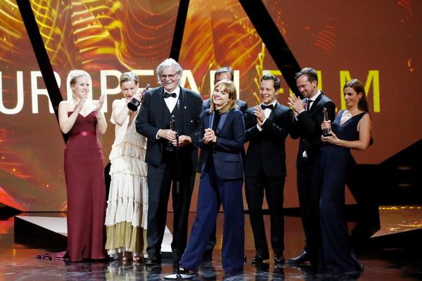 歐洲奧斯卡5獎大滿貫《顛父人生》二度打破影史紀錄
