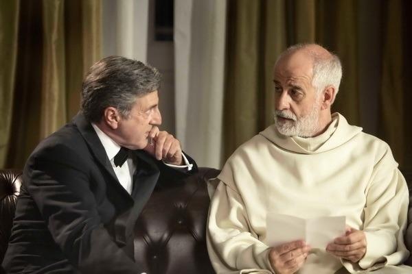 兩位歐洲影帝—托尼瑟維洛(Toni Servillo)與丹尼爾奧圖(Daniel Auteuil)主演的諷世電影《告解高峰會》(The Confessions)