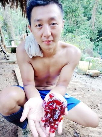 《血琥珀》礦場年輕老闆李仕豪砸千萬投資 渴望藉血珀開採來翻轉人生