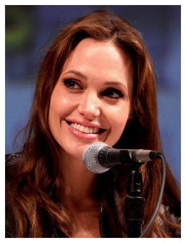 好萊塢女星 安潔莉娜裘莉(Angelina Jolie).jpg