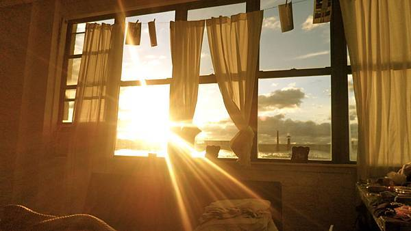 sunlight through window.jpg