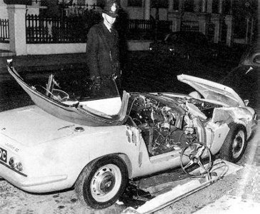 tara-browne-auto-crash.jpg