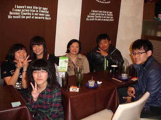 志工聚餐2.JPG