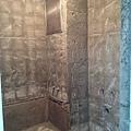 浴室磁磚拆除