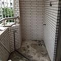 前陽台更換水管位置
