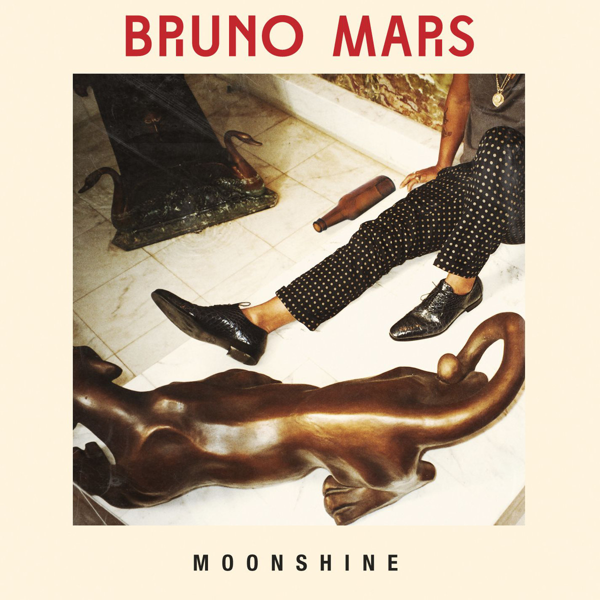 Bruno-Mars-Moonshine-2012-1200x1200