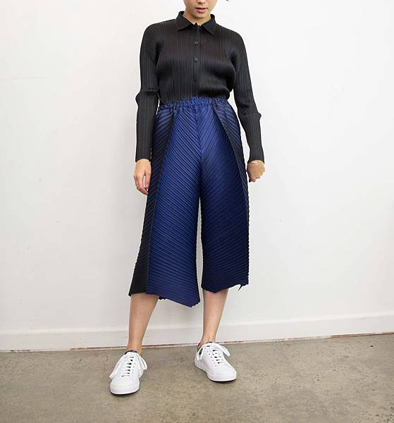 0G4A0064Issey_Miyake_Pleats_Please_Contrast_Pants_AW17.jpg