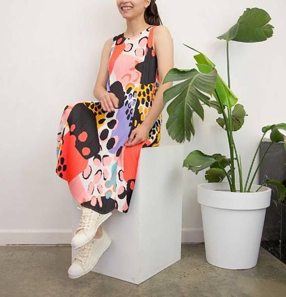 0G4A0965Pleats_Please_Colourful_Print_Dress.jpg