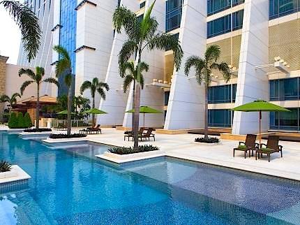 sheraton-macao-hotel-cotai-central-macau_010320131023153353