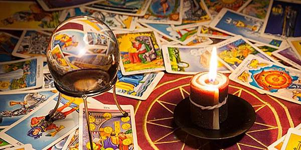 46591TAROT-CARD-READING.jpg