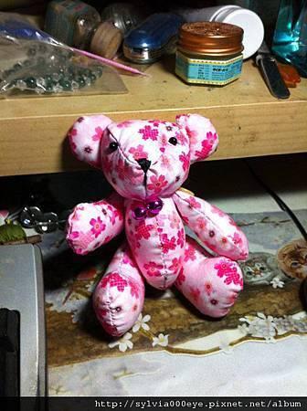 粉紅櫻花泰迪熊