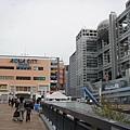 左邊是Aqua City,右邊是富士電視台