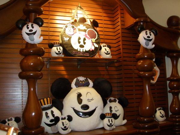 萬聖節版的Mickey&Minnie