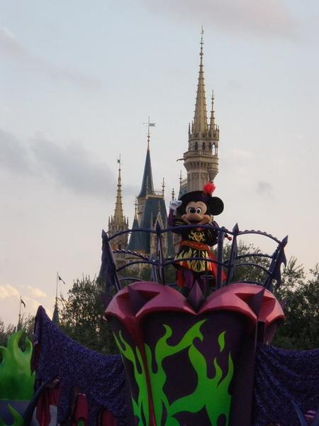 Mickey是英雄