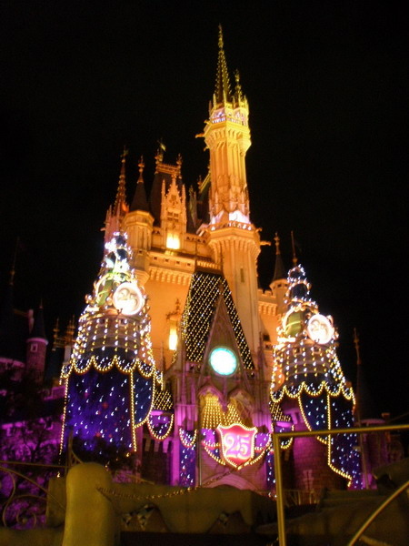 夜間的城堡