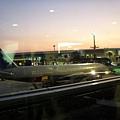 暮色下的成田機場