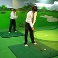 什麼?!居然還有高爾夫球練習場