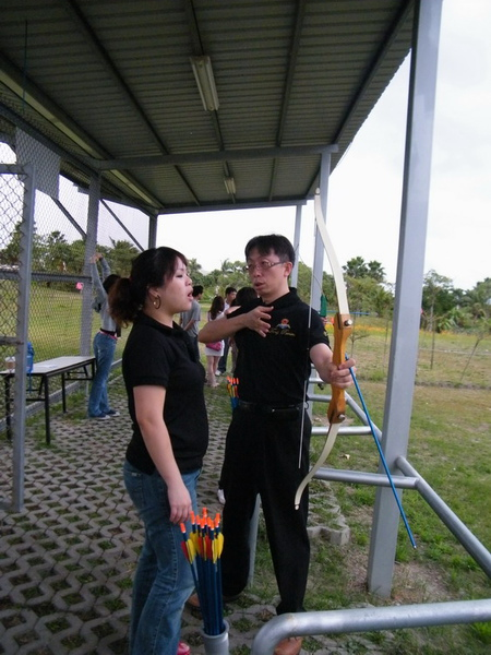 吳大哥的專業射箭指導
