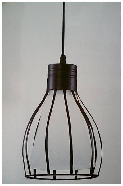 廚房燈.jpg