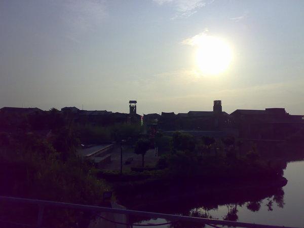 遠眺宜蘭傳藝中心的碼頭