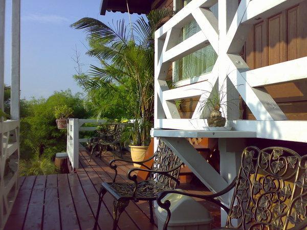 水雲軒一景,我們房門外的小陽台
