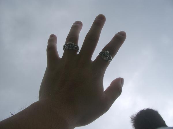 伸出手,抓住的是一片屬於自己的青春天空