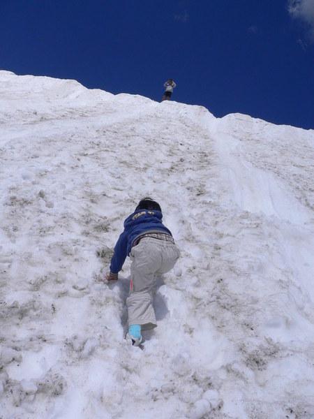 獨自一人往上爬的杜妹