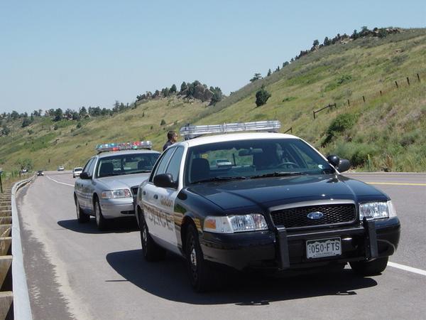 Golden警察與州際警察的車