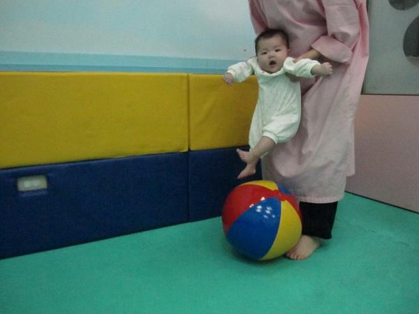 990606-5寶寶足球.jpg