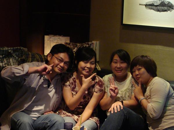 姐妹團唱歌2
