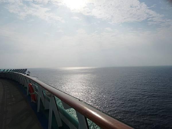 海上奔跑.jpg