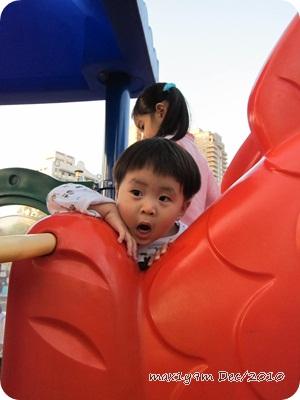 公園玩11.JPG