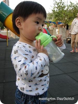 公園玩7.JPG