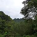 照片 027-遠方的石筍尖.jpg